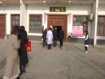 临渭区故市镇春节前慰问辖区90岁高龄老人