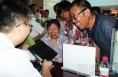 省专家在大荔县医院新址举行健康扶贫义诊活动