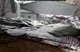 渭南:多日积雪堆积 十多家钢构厂房出现坍塌
