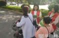 """潼关县开展""""垃圾不落地 潼关更美丽""""志愿服务活动"""