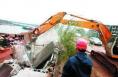 韩城多部门联合执法依法取缔沿黄公路北段11家砂场