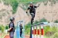 合阳县公安局巡特警大队全体特警勤练兵战高温斗酷暑