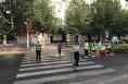 合阳县交警大队城区中队组织志愿者志愿服务诠释文明交通新定义