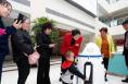 蒲城导医机器人个性化服务受青睐