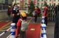 """韩城市龙门镇下矿社区:志愿者为学生开学复课""""保驾护航"""""""
