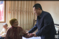 《直通县市》朱忠效重阳节看望慰问百岁老人