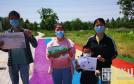 """渭南市未成年人救助保护中心举行 """"拥抱春天 快乐游园""""主题写生活动"""