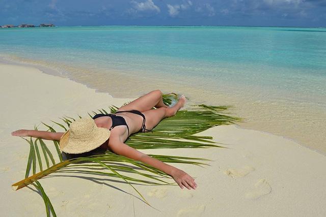 夏日来临:谨慎使用化妆品预防皮肤光过敏