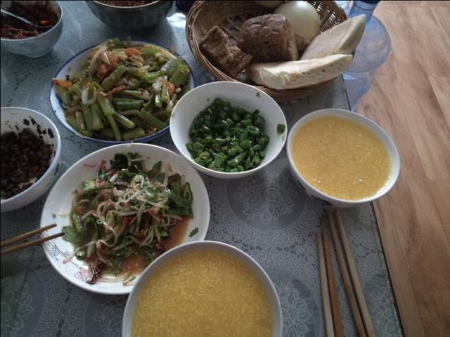 包谷糁糁就萝卜丝丝——陕西人的早餐