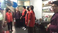 韩城市桑树坪镇朝阳社区:关爱空巢老人 志愿者在行动