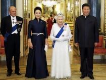 习近平出席英女王的欢迎仪式