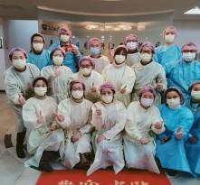 这些上海人选择去口罩厂志愿上夜班