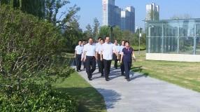 省委文明办主任鲍贻勇一行来渭南市检查指导创建工作