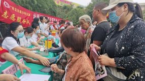 """""""卫健党旗红·疾控社区行""""走进惠园社区"""