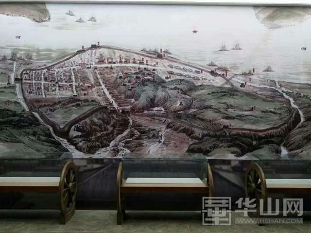 据了解,潼关县博物馆位于潼关古城东山景区内,总体建筑面积3400平方米