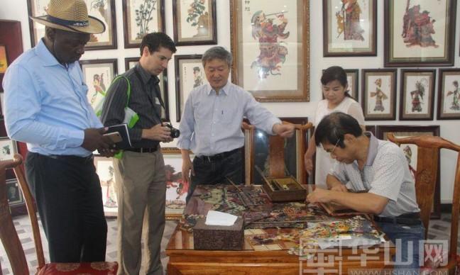 喀麦隆部落王子来华州区观摩学习非遗文化
