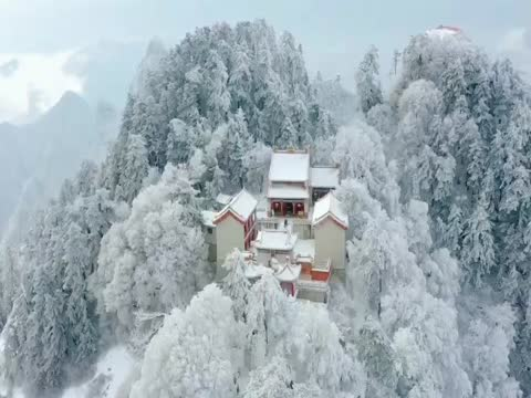 渭南下雪了,航拍华山主峰区雪景,美到让人窒息