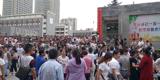 直击:2018渭南高考第一天