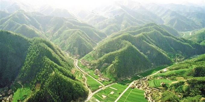 陕西:用最严格法治持之以恒保护秦岭