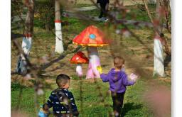 春天里 市民在朝陽公園里享受春光