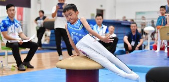體操——萌娃賽體操