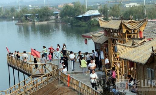 中秋节大荔乡村游让两万游客大饱眼福